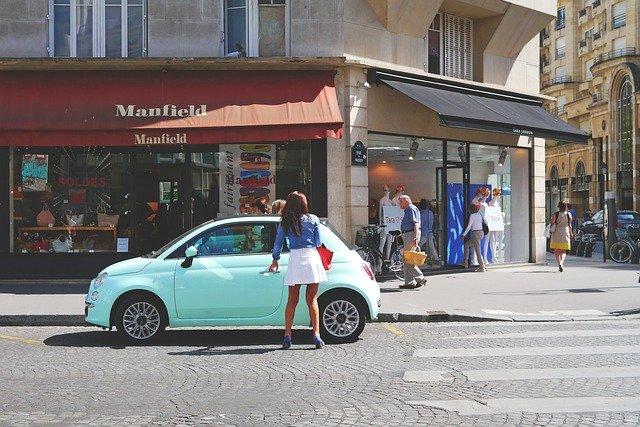 małe auto do wynajęcia w Szczecinie